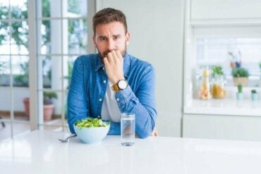 Råd for å spise mindre mens du er i karantene eller isolering