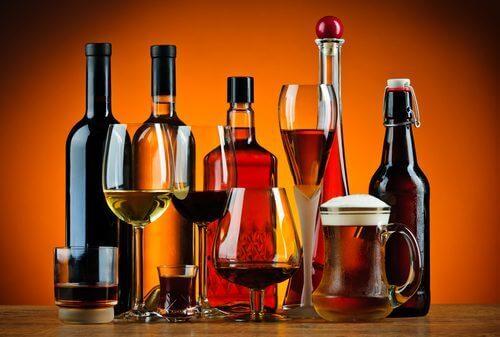 Forskjellige typer alkoholholdige drinker