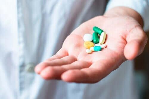 Bivirkninger av legemiddelet amlodipin.