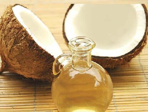 Leire og kokosolje for sunnere, friskere hår.
