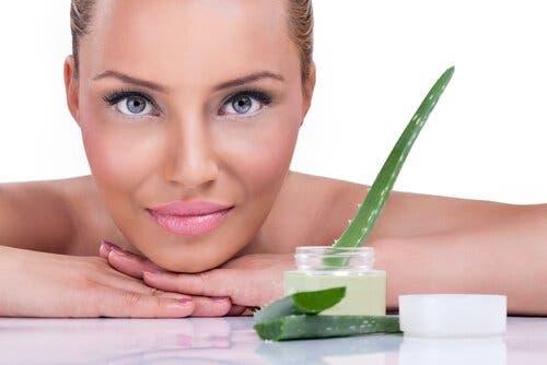 5 store fordeler med aloe vera-gel for huden din