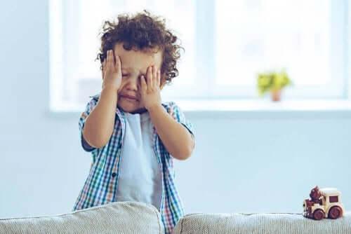 Symptomer på hjernerystelse kan være vanskelig å oppdage hos små barn.