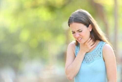 Behandling mot overproduksjon av slim i halsen