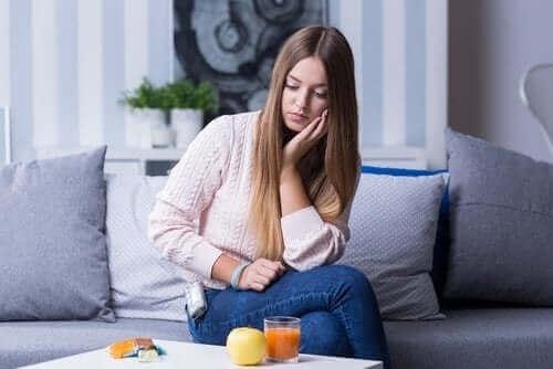 Hva er symptomene på hypoglykemi?