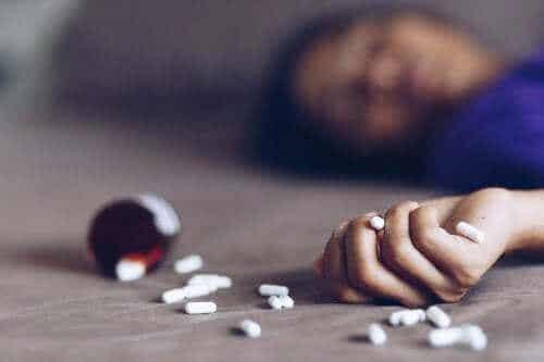 Hva bør vi gjøre med en legemiddelforgiftning?