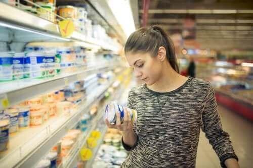 Tilsetningsstoffer i mat – allergier, symptomer og behandlinger