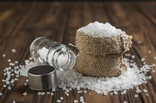 6 sannheter om det å konsumere for mye salt