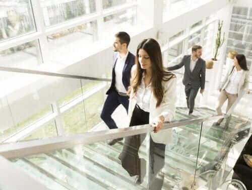 En stillesittende livsstil - er du nødt til å dra på treningssenteret?