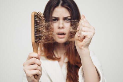 Sesongmessig håravfall: Hvorfor skjer det om høsten?