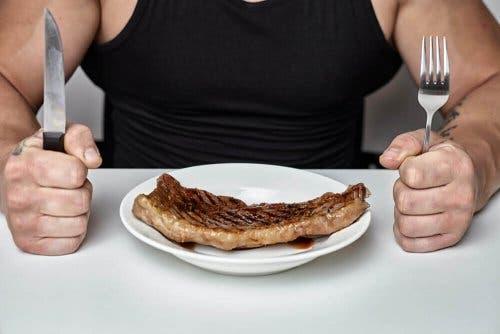Kjøtt på en tallerken