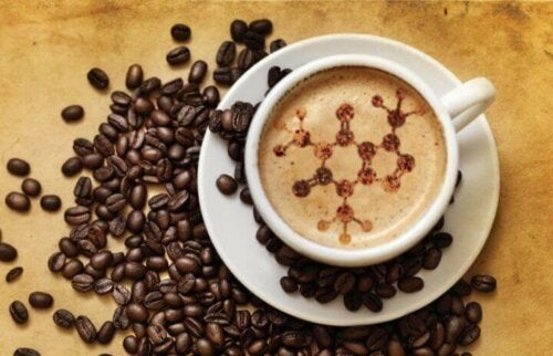 Kopp med kaffe