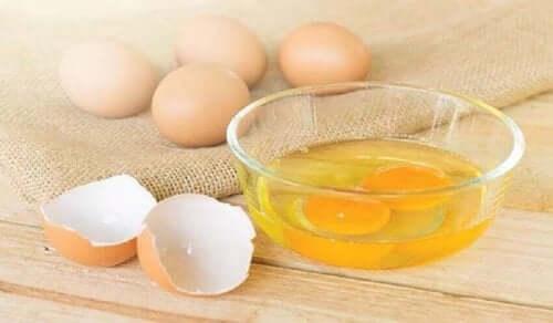 Egg i en skål