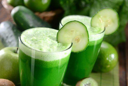 Det er mange gode grunner til å drikke agurkjuice.