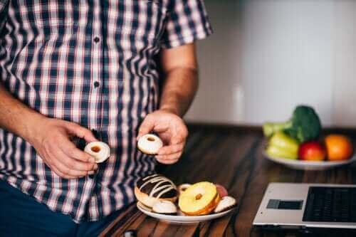 Unngå disse matvarene som ikke gjør deg mett