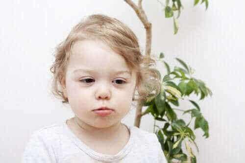 Hårtap hos barn: Årsaker og typer