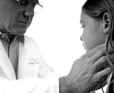 Mononukleose hos barn: Hva du trenger å vite