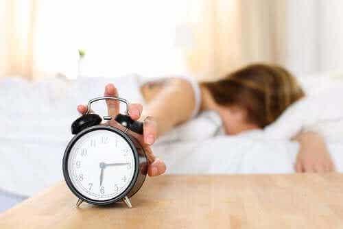 Årsaker til at du er trøtt når du våkner