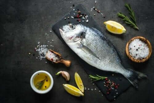 Fisk på en skjærefjøl