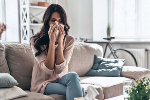 Slik tar du deg av en forkjølelse hjemme