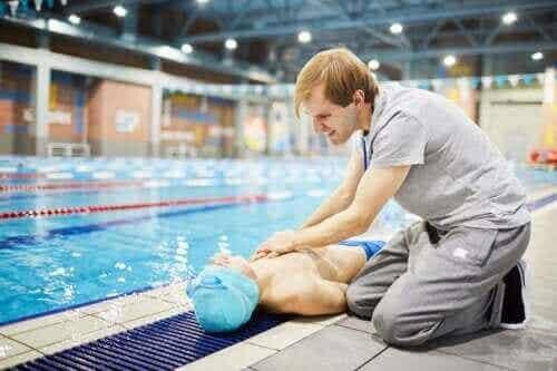 Slik kan man forhindre plutselig død innen idrett