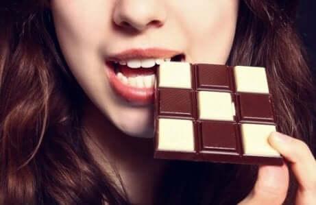 Sjokolade er øverst på listen for matvarer som forbedrer humøret