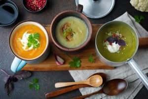 4 deilige supper for å avgifte kroppen din