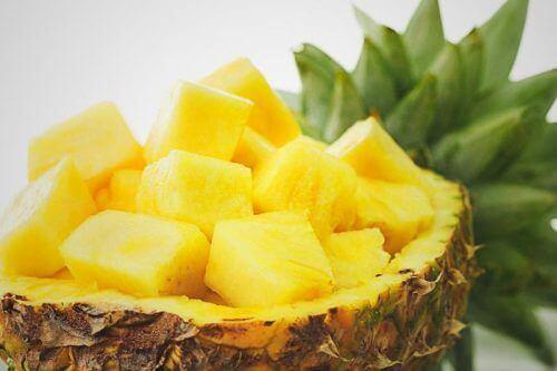 Hakket ananas.