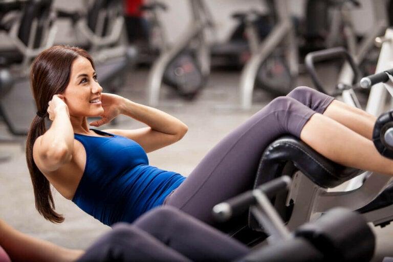 11 triks som vil hjelpe deg med å ikke slutte å trene etter én måned
