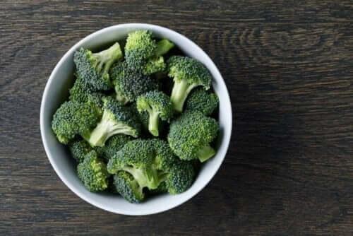 Skål med brokkoli