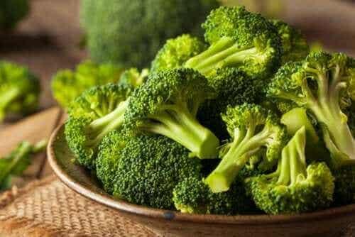 Fryse brokkoli: tips og anbefalinger