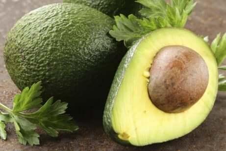 Avokado har sunt fett for kroppen din
