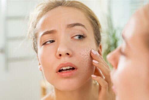 Hva er årsakene til tørr hud og xerose?