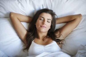 Hvor godt du sover avhenger av hva du gjør før du legger deg
