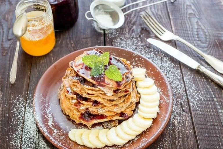 Super frokost: Pannekaker med havre, banan og kakao