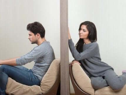 Å sette opp vegger i et forhold.