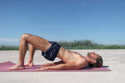 Nyttige kegeløvelser for menn for å styrke bekkenbunnen