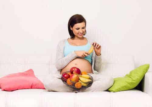 Risikoer med et kosthold med høyt sukkerinnhold under graviditet