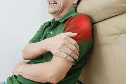 Tolv øvelser for å overvinne senebetennelse i skulderen