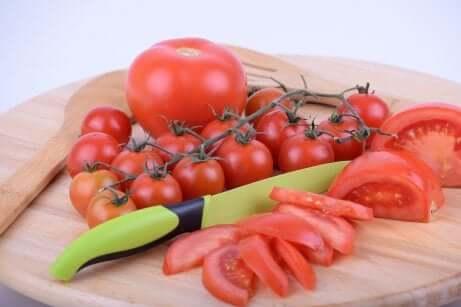 Tomater er blant de mest brukte ingrediensene på kjøkkenet