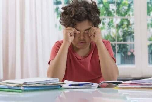 Mørke ringer under øynene hos barn: En grunn til bekymring?