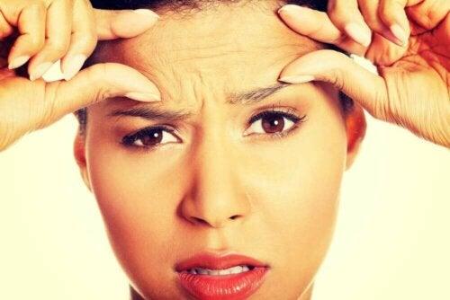 Hva rynker i ansiktet betyr og hvordan forhindre dem