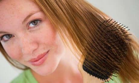 Sår hodebunn - oppsatt hår