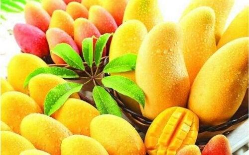De ni sunneste tropiske fruktene som finnes