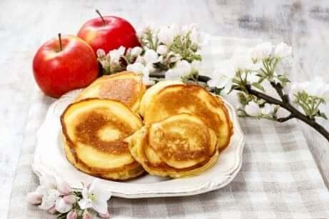 Epler og pannekaker