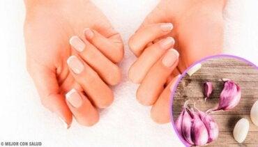 Hjemmelagde behandlinger for å gi fuktighet til neglene