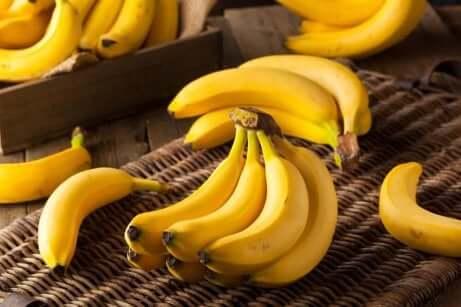 bananer på et bord
