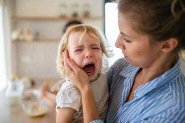 Fire tips for å forebygge og håndtere raserianfall hos barn