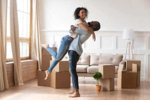 Åtte måter å bli forelsket i partneren din på nytt på
