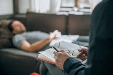 Behandlingsmetoden psykoanalyse: Hva er det?