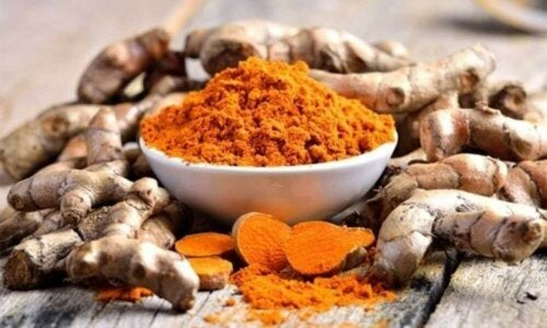 Gurkemeie kan brukes til å bekjempe tilstanden rhinitt
